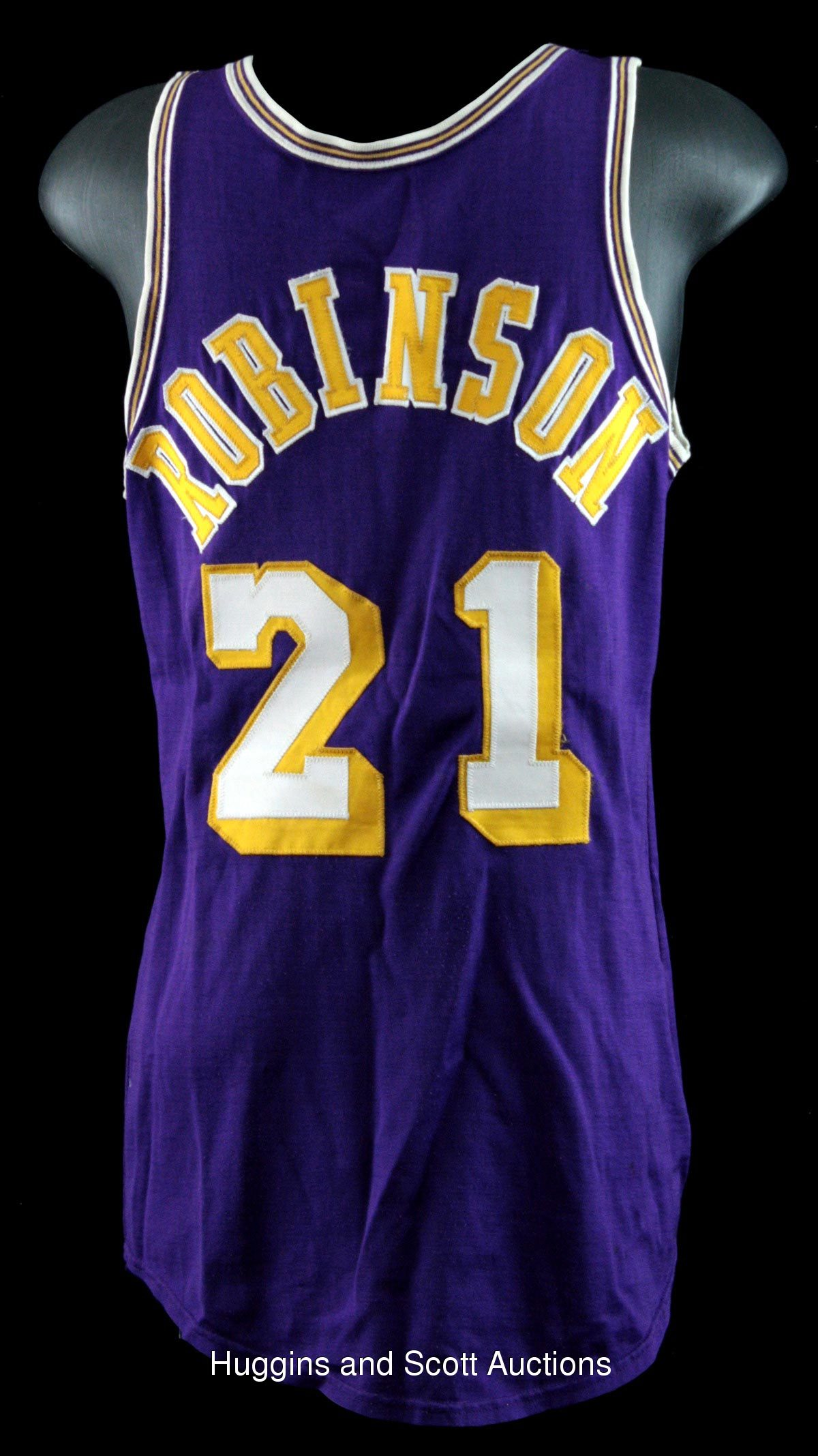 Flynn Robinson 1971 72 World Champion Los Angeles Lakers Game Worn